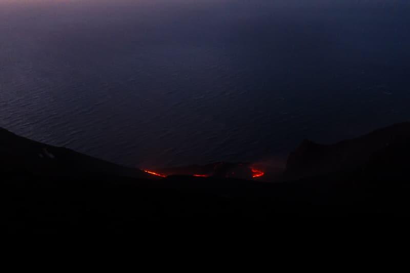 Stromboli / Lave dans la nuit