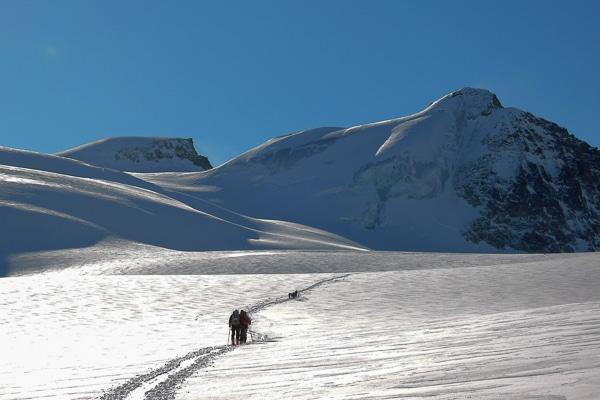 Retour du soleil pour la traversée vers Zermatt
