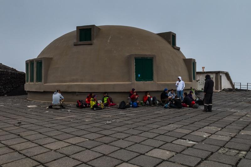 Etna / Casse-croûte à l'observatoire