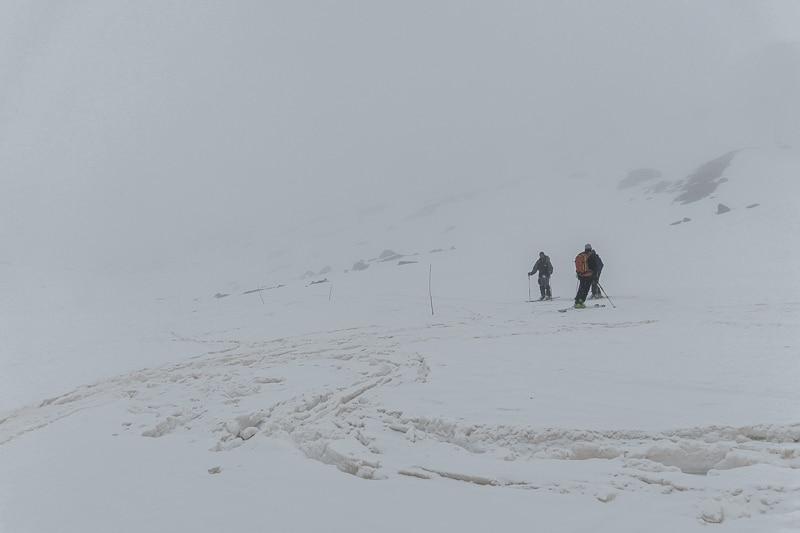 Neige ramollie pour descendre à Forni
