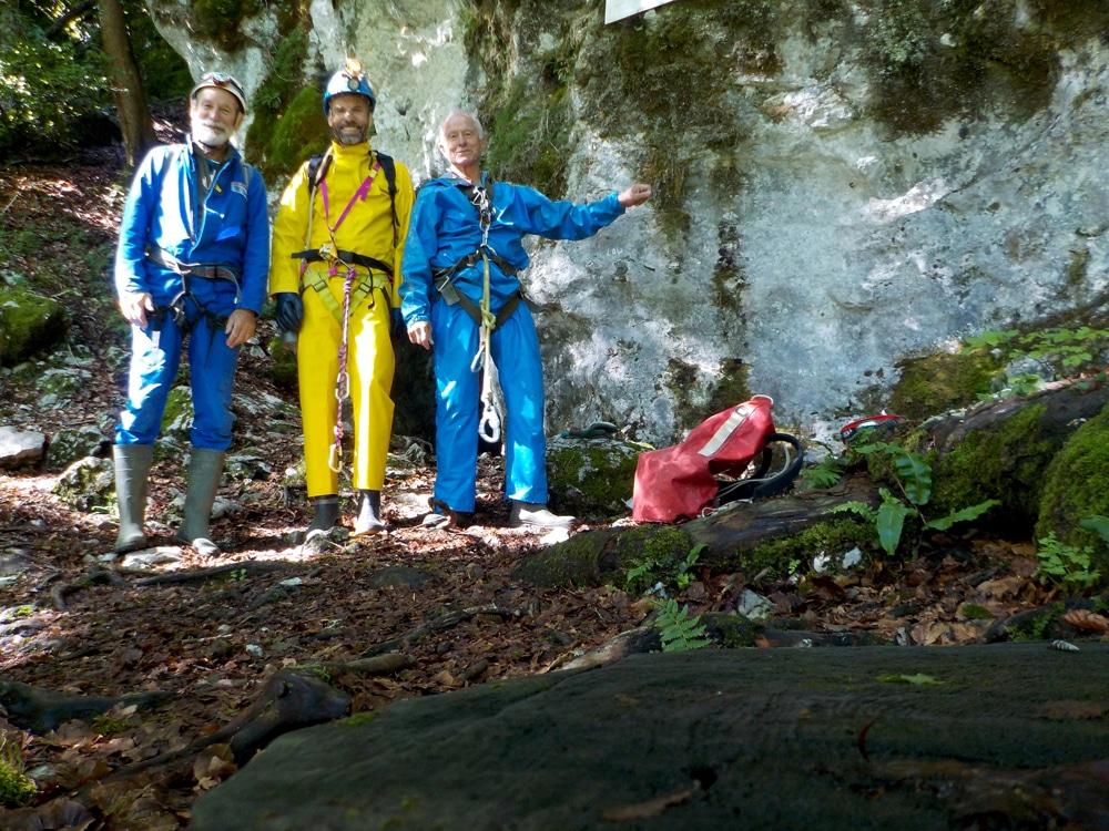 Entrée de la grotte de Megevette